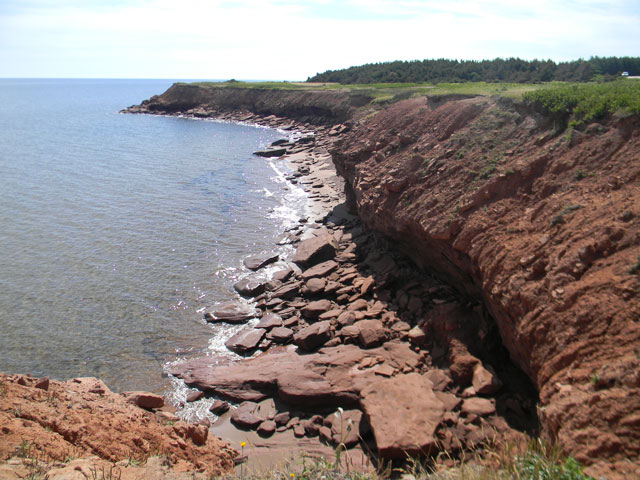 Red Cliffs along the shoreline